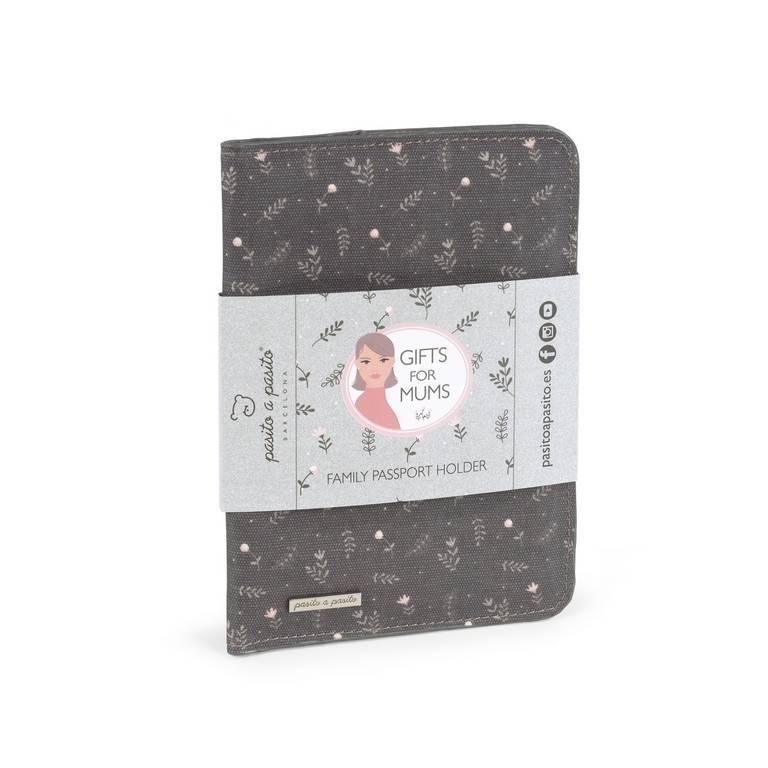pasito-a-pasito-funda-libro-familia-pasaporte-eva-maxbebés